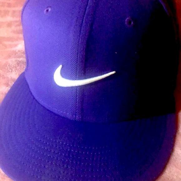 Lakernation hat! Rich royal purple hat.